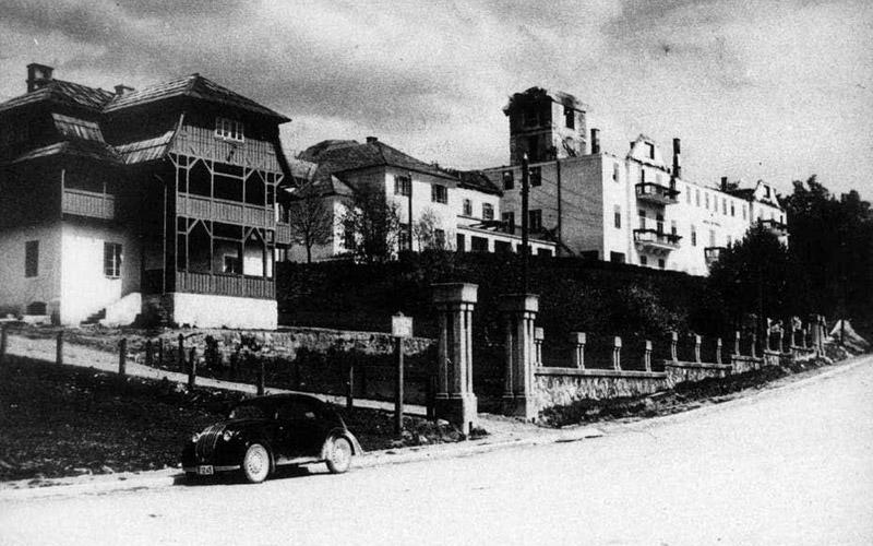 Das Hotel Plitvice nach dem Brand von 1939