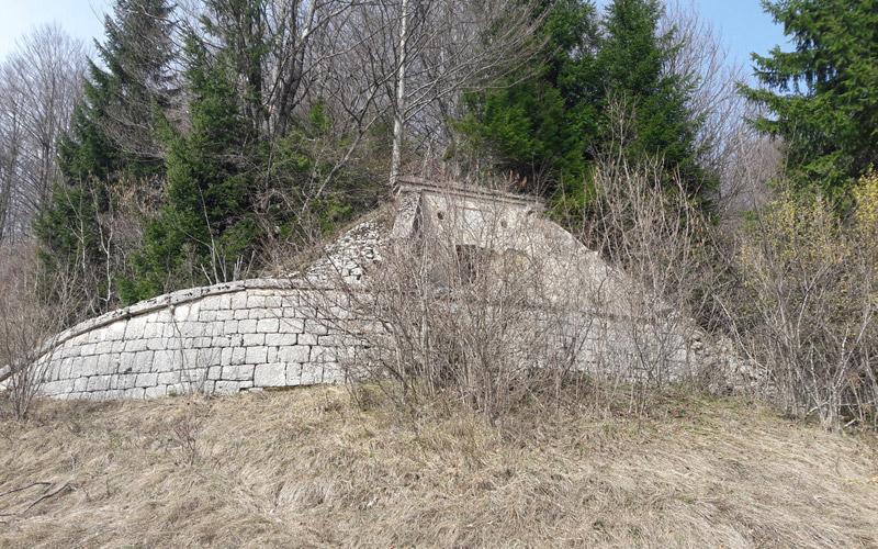 Il serbatoio dell'acquedotto di Plitvice del 1908