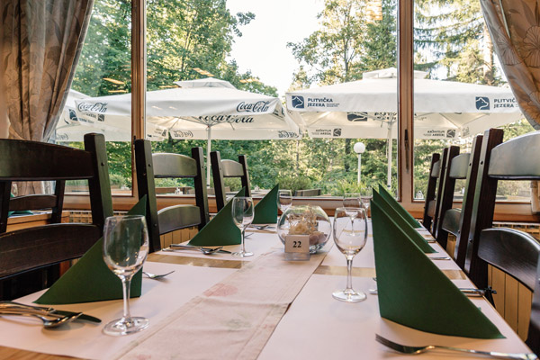"Restaurant ""Poljana"""