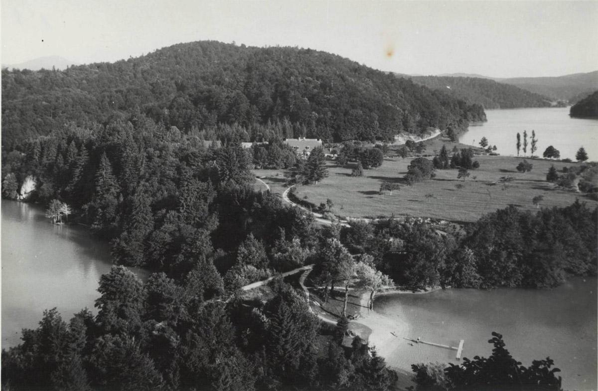 Slika 16. Prostor Labudovca sa Prošćanskim jezerom i jezerom Ciginovac oko 1930.